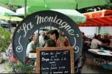 """Le Bar-Restaurant """" La montagne """""""