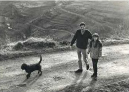1969) Jean FERRAT + Véronique (la fille de Christine SÈVRES)