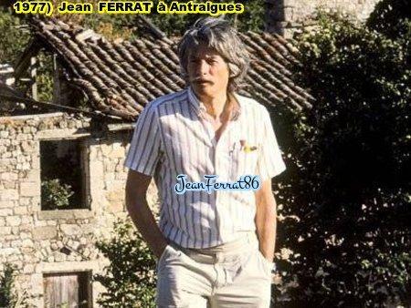 1977) Jean FERRAT  à ANTRAIGUES