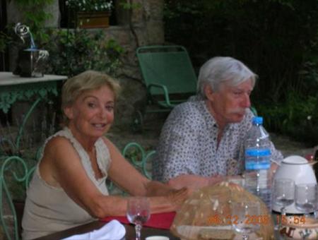 2003) Jean et Colette FERRAT dans leur maison à Antraigues-sur-Volane (07530)