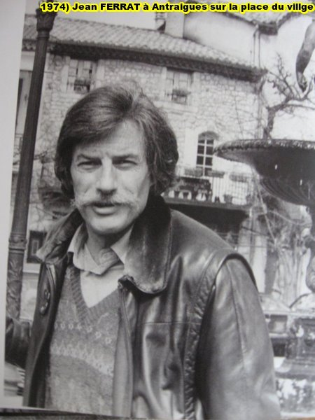 1974)  Jean FERRAT à Antraigues-sur-Volane (07530)