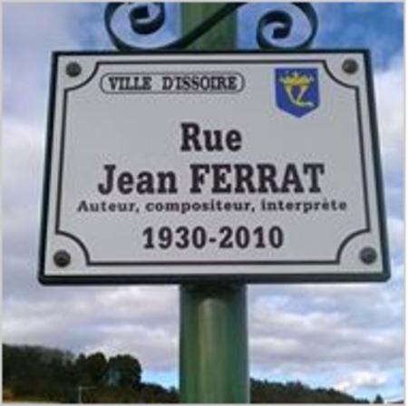 2011)  Rue Jean FERRAT à ISSOIRE (63500)