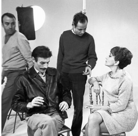 """1968) Jean FERRAT à """"  Discorama """" émission de Denise GLASER"""