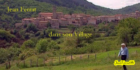 1998) Jean FERRAT dans son village d'Antraigues-sur-Volane (07530)