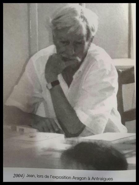 2004)  Jean FERRAT à l'exposition Aragon à Antraigues