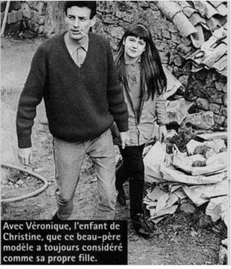 1964)  Jean FERRAT avec Véronique sa belle-fille