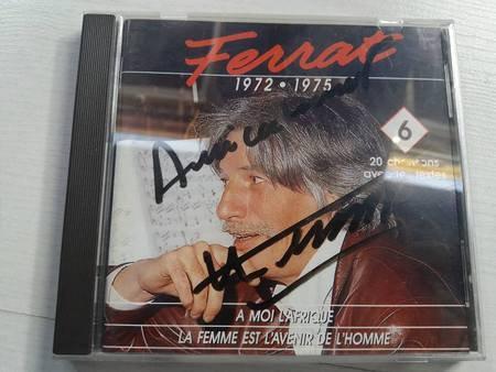 Quelques autographes de Jean FERRAT