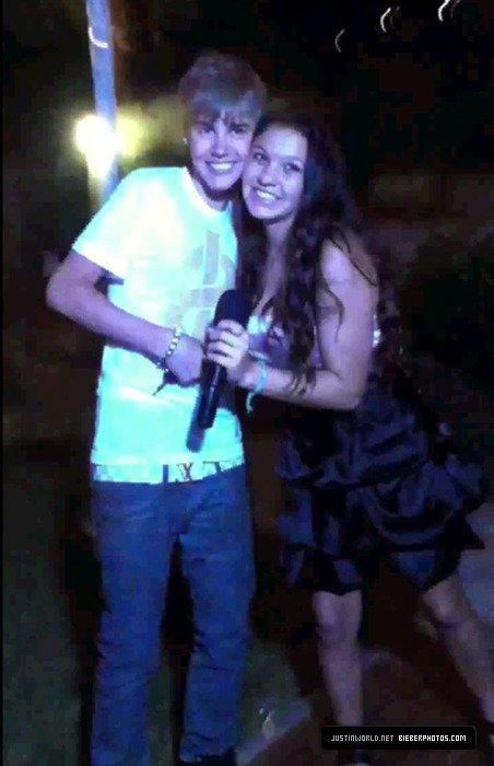 16 Juillet 2011 - Suuurpriiise ! Justin Bieber à Malibu !