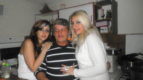 Le papou george avec Ma femme et notre cousine