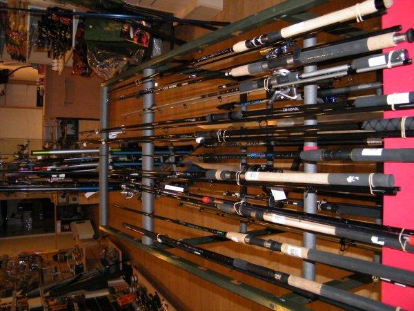 Nouveau commerce de pêche en gironde produits pour la carpe,carnassiers,mer,coup,feeder,appâts pour la mer etc etc