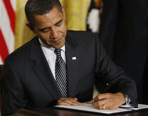 Obama signe un décret lui donnant le contrôle sur toutes les ressources des États-Unis