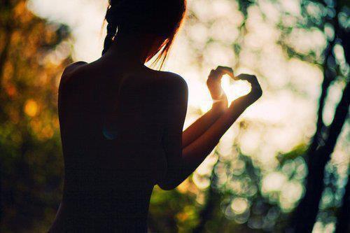 Ne me laisse pas, j'ai besoin de toi... Tout le monde part un jour sauf toi.♥
