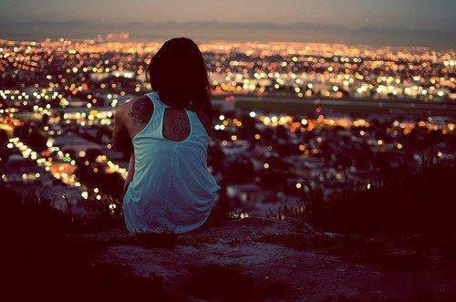 Tu te disais différent des autres et pourtant tu n'as même pas été capable de rester.