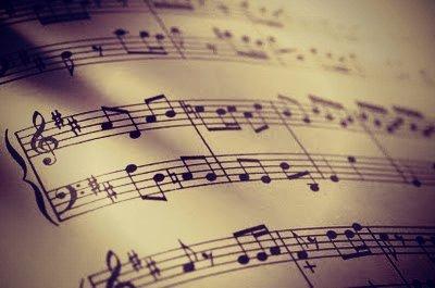 """"""" Il n'y a plus assez de musique dans mon coeur pour faire danser ma vie. """""""