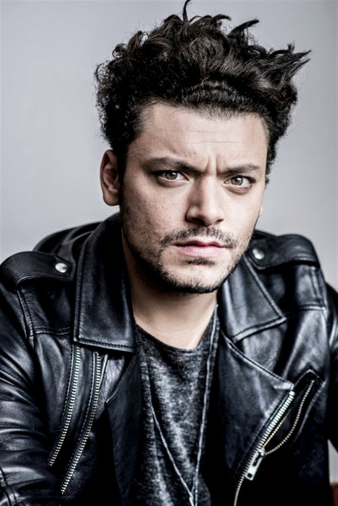 Kev Adams, plus qu'un idole !