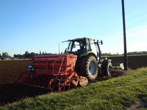 Semis de blé tendre chez mon voisin 2010