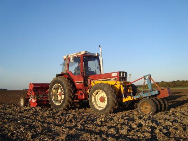 Semis de blé dur chez un ami dans le 45 2011