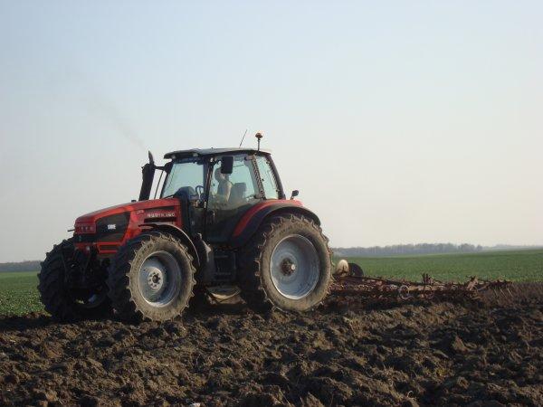 Préparation des terres pour le maïs 2012 dans le 45