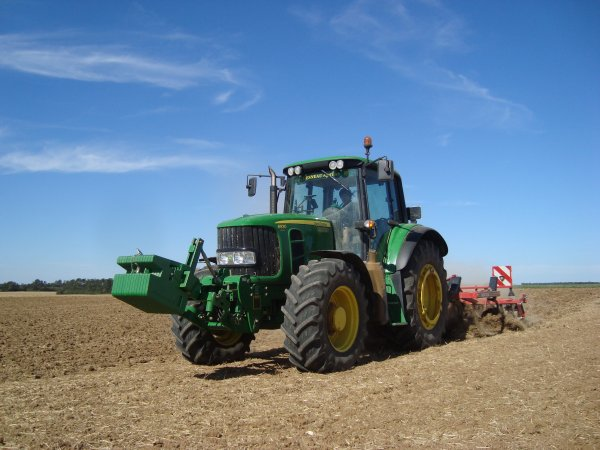 Préparation des terres à colza 2012 dans le 45