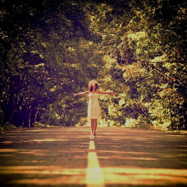 * La vie, une course irrégulière accompagnée de tant de difficultés. * *