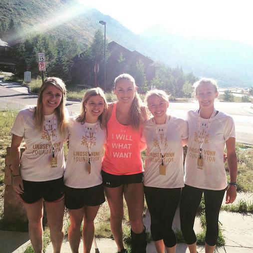 Lindsey inaugure le premier camp de sa fondation!!!