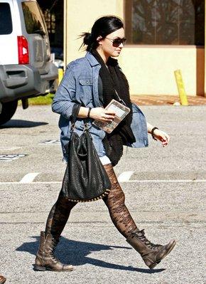 Le chemin n'est pas fini pour notre Demi !!!  (02/02/11)