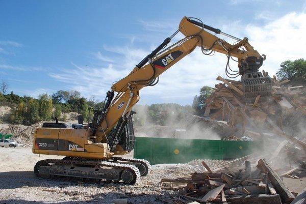 Caterpillar Work Tools élargit sa gamme de grappins de démolition et de triage... / Caterpillar Work Tools expands its range of demolition-and sorting