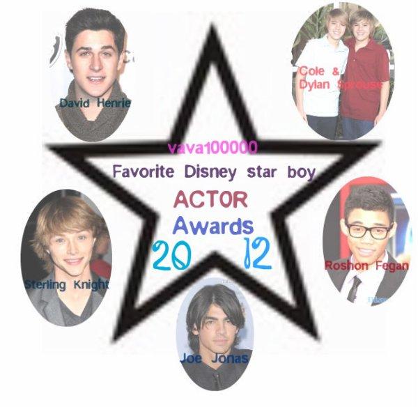"""Voici la deuxième pertie des AWARDS. """"Favorite Disney star boy ACTOR 2012"""". N'oublie pas de te proposer pour de venir blog de l'année; et gagner une créa+1 lien+50 chiffres! Vous ppouvez également voter pour les blogs ci-dessous!~Vous ne pouvez pas voter pour vous!!!"""