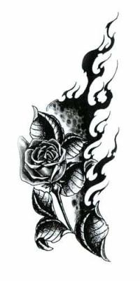 tatouage n 2 tribal rose en flamme 974 dans le sang. Black Bedroom Furniture Sets. Home Design Ideas