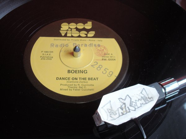 "BOEING ""dance on the beat"" ORIGINAL  12"" ...... NUCLEAIRE!"