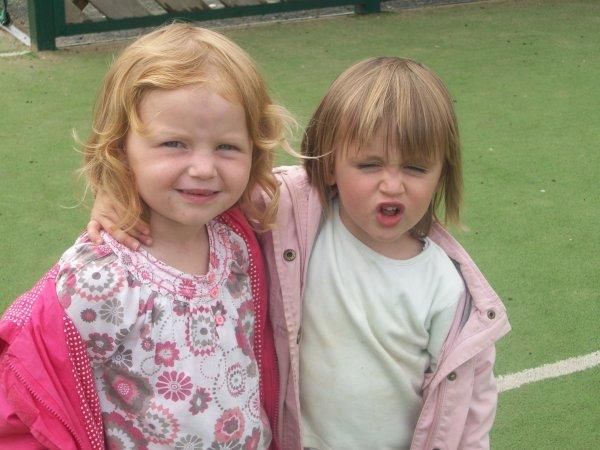 mes deux princesses  ma fille et ma fieulle
