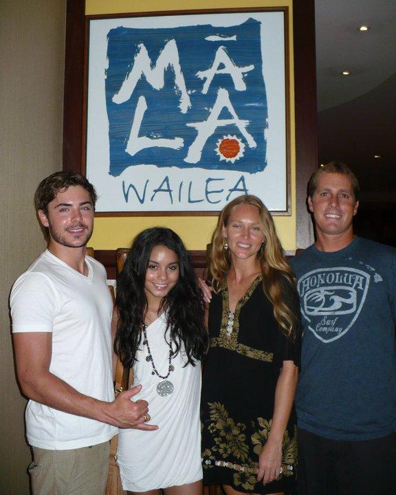 ♦ RUBRIQUE : EVENTS ♥  Zac Efron, Vanessa Hudgens, Keva Rivers et un ami au Mala Wailea