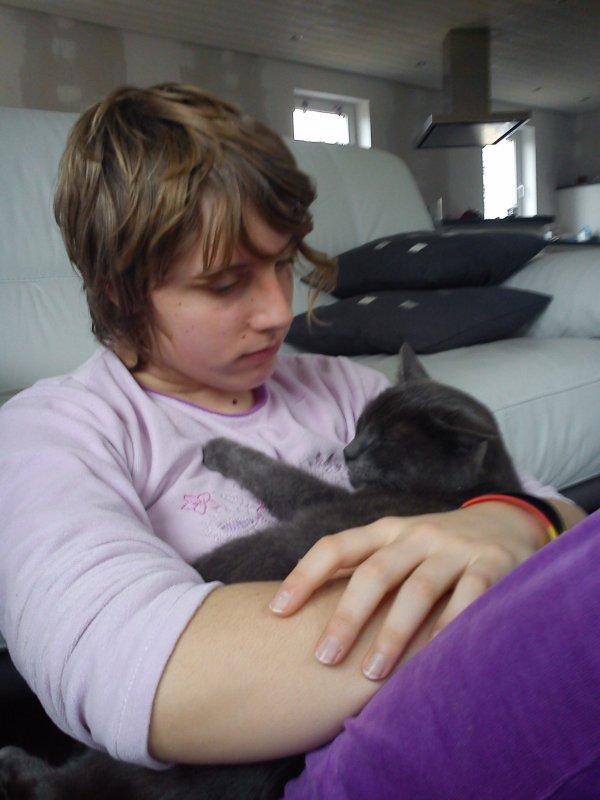 Mon chat et moi on s'aime beaucoup je t'aime ma pidou d'amour <3 <3 <3