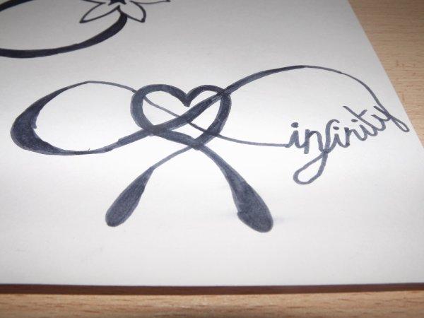 symbole de l'infinie avec infinity et un coeur