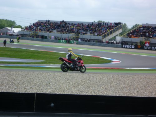 MotoGP d'Assen .... 29 juin 2013 (Show mécanique)