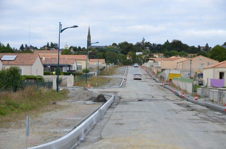 Enfin les routes, après 7 ans de construction.