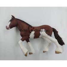 rumeurs sur les chevaux schleichs 2016 !!!!! :)
