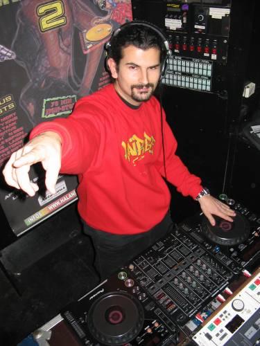 DJ HALAN