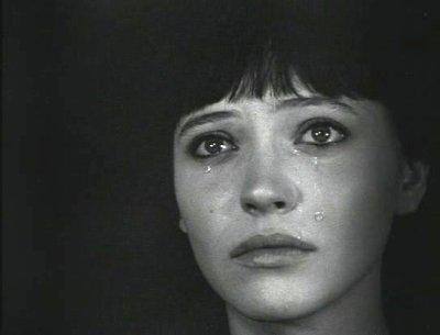 Et puis pleurer, c'est comme pisser dans le pacifique..