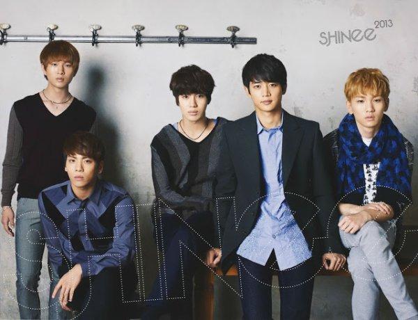 Les membres du groupe SHINee !