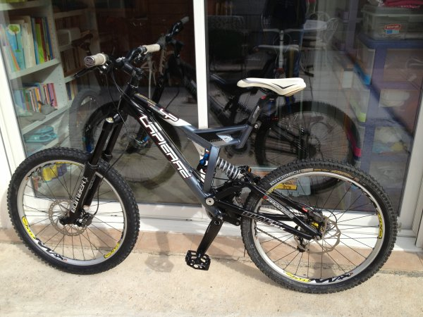 2005 - LAPIERRE Black FRX - VPROCESS