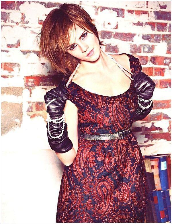 . ➜ Une nouvelle photo du shoot pour Glamour US est apparue. .