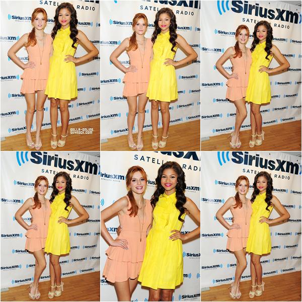 Bella et Zendaya arrivant dans les studios Siriux XM le 2 aout 2012.