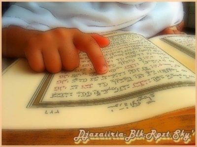 """. . """"L'Islam n'est pas le chemin que l'on parcourt avec ses pieds mais avec son Coeur """". .      Sa Fait PLaiziir de Savoir Que Les Jalouw Soont ToujouR Fidéle o Poste. . ."""