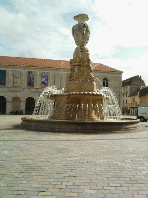Place du marche a Besançon