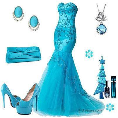 vive l'argentine meme chez les couturiers les robes ont la couleure des gauchos !!!!!!!