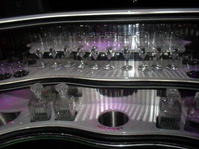 >>> Hummer limousine<<<