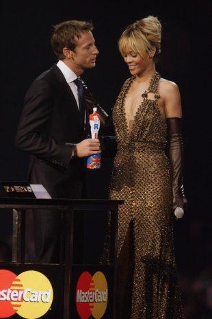 Gagnante des Brit Awards 2012, sa performance