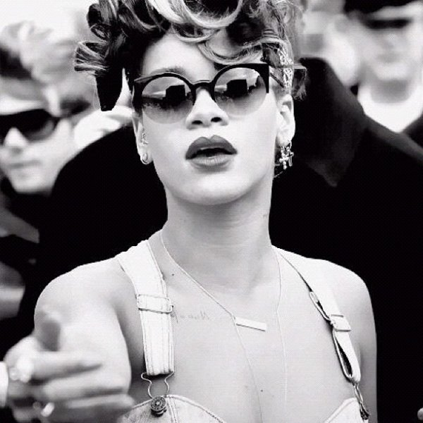 "Rihanna ""We Found Love"" Talk That Talk"