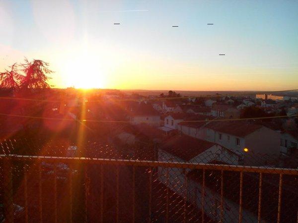 Petit coucher de soleil............ bonne soirée mes loulous